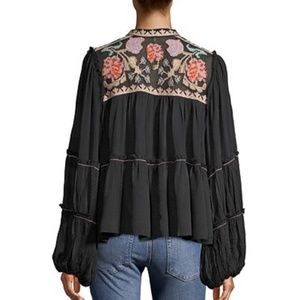 🆕Free People Peasant Blouse w Floral Embroidery